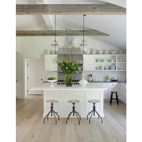 Mẫu tủ bếp gỗ có quầy bar, tạo không gian mở cho căn bếp