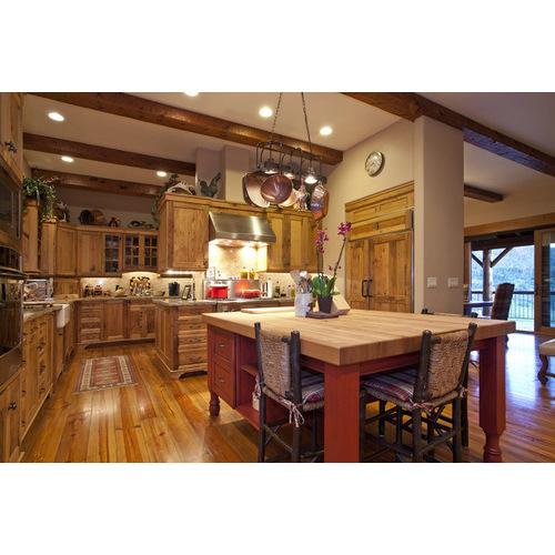 Tủ bếp gỗ xoan hương bền đẹp cho gia đình