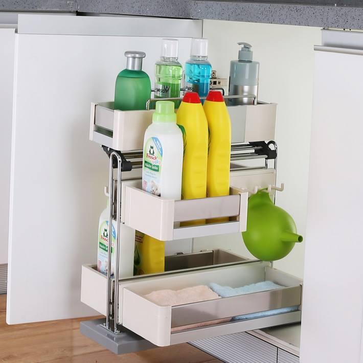 Phòng bếp gọn gàng, khoa học với kệ đựng chất tẩy rửa Hafele