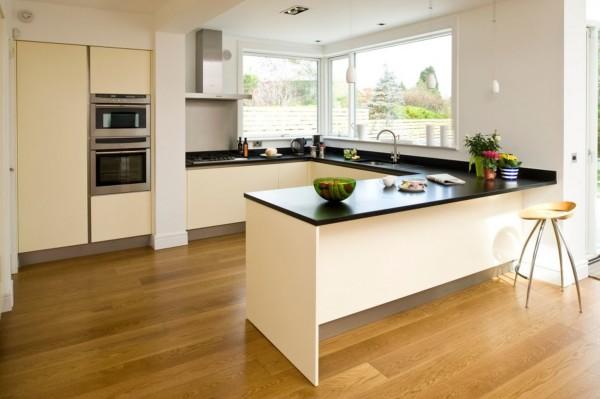 Tủ bếp gỗ chữ U phủ Acrylic