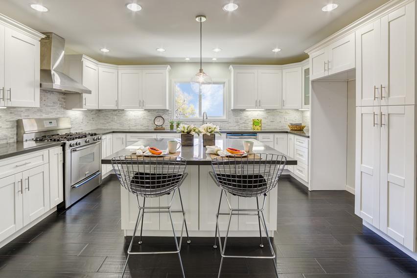 Tủ bếp PVC dáng chữ U đảo bếp đẹp
