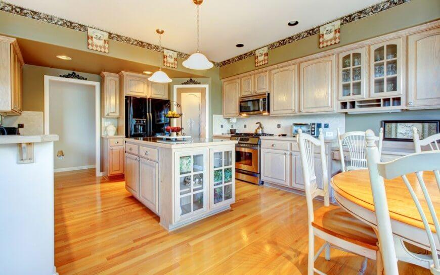 Tủ bếp gỗ sồi Mỹ chữ U đẹp, thanh lịch